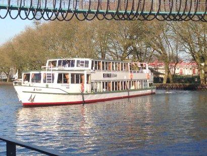 Zusätzliches Fahrgastschiff zur 6. Schiffsparade Kulturkanal