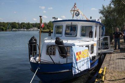 """Die """"Piepenfritz"""": eigenes Ausflugsschiff des ASB"""