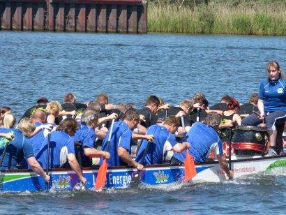 Drachenboot-Fun-Regatta in Duisburg