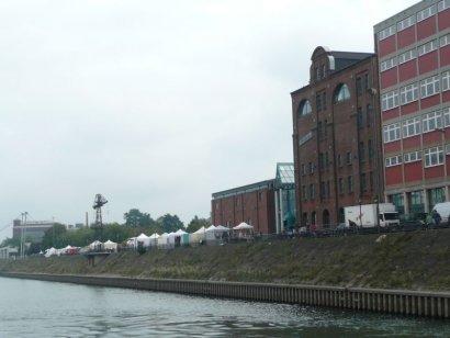 Erzählcafé mit Jessica Burri im Innenhafen Duisburg