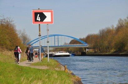 Gladbecker Straßen-Brücke Darstellung 2