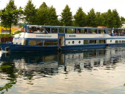 """Rhein-Herne-Kanal-Tour auf dem Fahrgastschiff """"Friedrich der Große"""""""