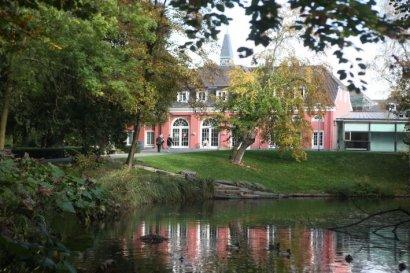 """Sonderausstellung: """"Einige waren Nachbarn"""" in der Gedenkhalle Schloss Oberhausen"""
