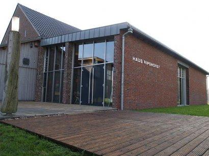 """Yoga- und Entspannungsworkshop """"Glücksorte im Ruhrgebiet"""" im Haus Ripshorst in Oberhausen"""