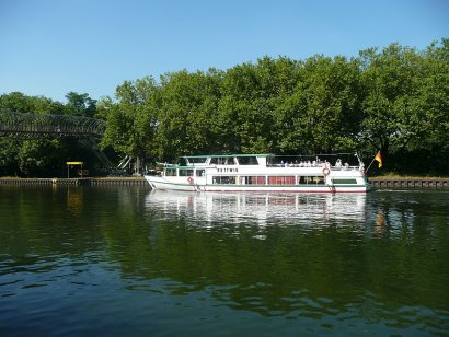 Schifffahrt zum Schiffshebewerk Henrichenburg