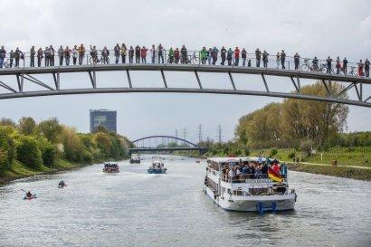 Am 29. April erwacht der Kanal mit der 5. Schiffsparade! Darstellung 2