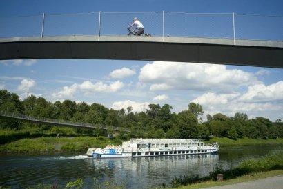"""Kanalrundfahrt """"Aber bitte mit Sahne"""" mit dem Fahrgastschiff Pirat"""