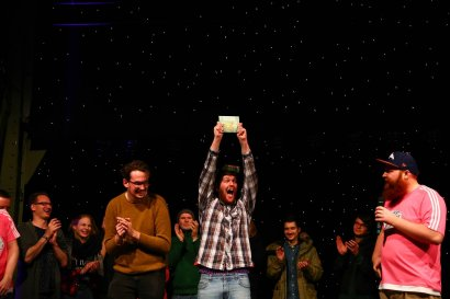 New Generation Poetry Slam Duisburg – Der Slam für junge Poet*innen